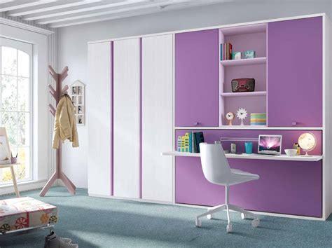 chambre violette chambre enfant violette lit retractable enfant