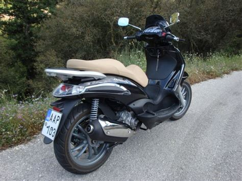 Piaggio Beverly Backgrounds by Piaggio Beverly Tourer 300 2009 2010 Almost The