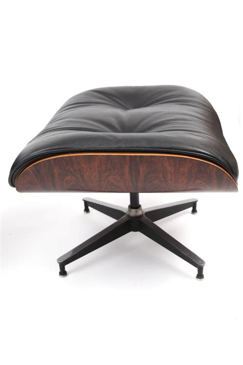 eames herman miller 670 lounge chair and ottoman
