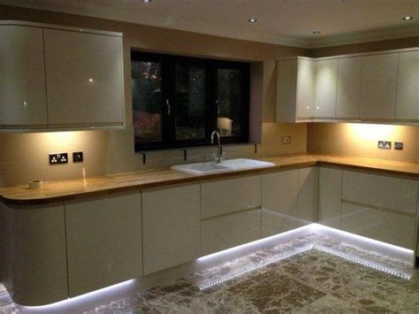best led light bulbs for kitchen 25 best ideas about led kitchen lighting on 9156