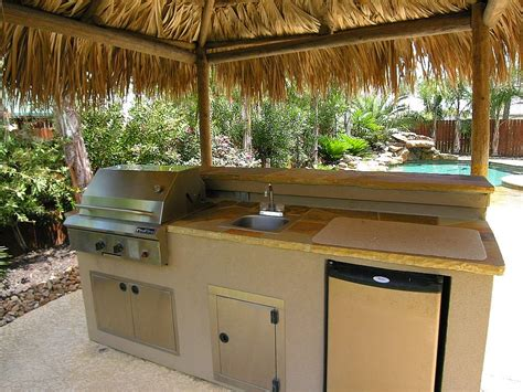 Railroad House Bar Sinking by 37 Best Outdoor Kitchen Kits Of 2017 Ward Log Homes