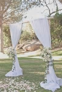 43 outdoor summer wedding arches happywedd - Arche Mariage