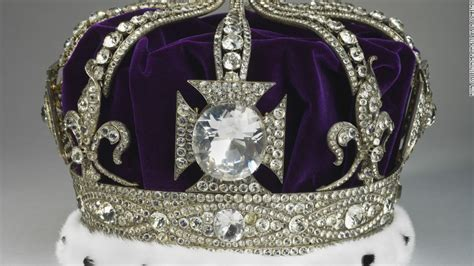 Crown Jewels Sparkle In Major New Exhibition For Diamond