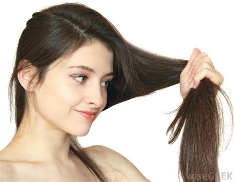 What Is Fine Thick Hair? (with Pictures