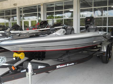 Tritoon Boats For Sale Houston by Triton 18 Trx Boats For Sale In Houston