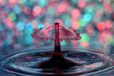 high speed splash photography captures  spectacular