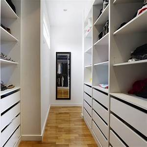 Begehbarer kleiderschrank auch f r dachschr gen for Kleiderschränke für dachschräge
