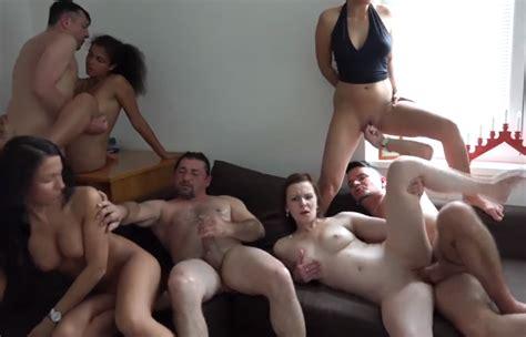 AMATEUR GROUP SEX SWINGER PARTY SickJunk Com