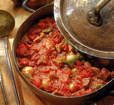 hungarian beef goulash recipe marha gulyas