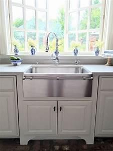 67  Cool Modern Farmhouse Kitchen Sink Decor Ideas
