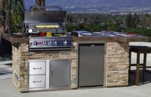 diy outdoor kitchen ideas outdoor kitchen ideas for the outdoor kitchen concept outdoor kitchen ideas diy homes gallery