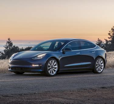 Download New Tesla 3 Canada Gif