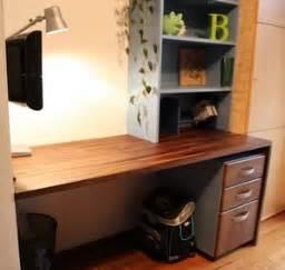Schreibtisch Für Schulanfänger : braucht ein schulanf nger einen eigenen schreibtisch muttis n hk stchen ~ Eleganceandgraceweddings.com Haus und Dekorationen