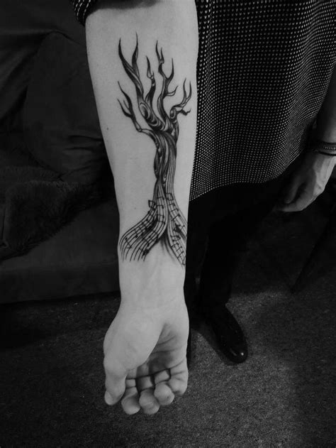 25 best Hands Tattoo Designs images on Pinterest | Picture tattoos, Free black and Hands