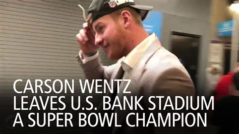 carson wentz leaves  bank stadium  super bowl