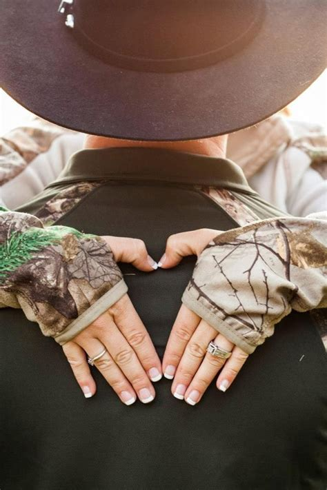 cool camo wedding ideas  country style enthusiasts