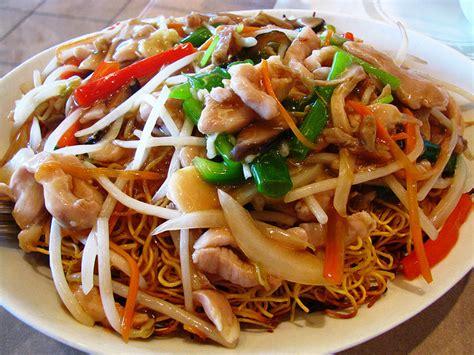 recette nouilles chinoises saut 233 es aux l 233 gumes et au poulet recettes asiatiques restaurants