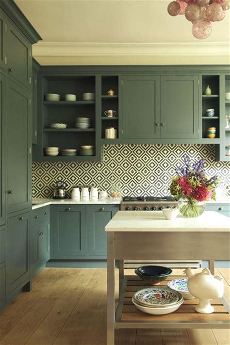 new trends in kitchen backsplashes trend alert 5 kitchen trends to consider 7103