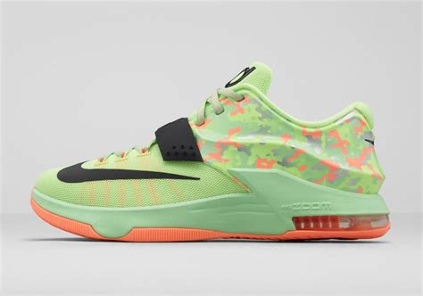 """For The Low Nike Kd 7 """"easter"""" On Sale For $98"""