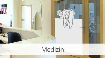 Sichtschutz Fenster Arztpraxis by Fensterfolien Nach Ma 223 F 252 R Alle Arbeitsbereiche