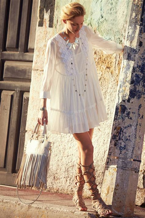 Boho Chic u2013 Bohemian Style For Summer 2018 | FashionGum.com