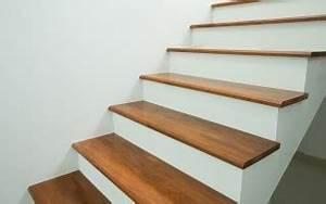 peindre un escalier en bois technique et conseils With commentaire repeindre un escalier en bois 12 couleur pour cheminee