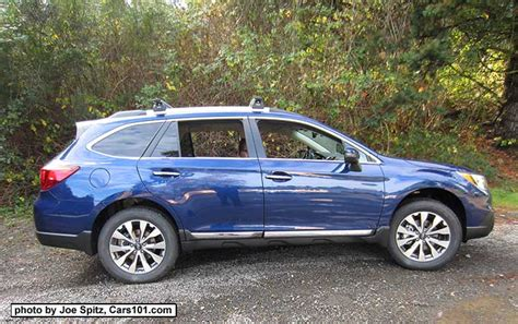 2017 Outback Exterior Photographs