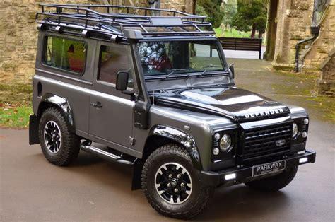 Land Rover Defender 90 Adventure Edition Auto