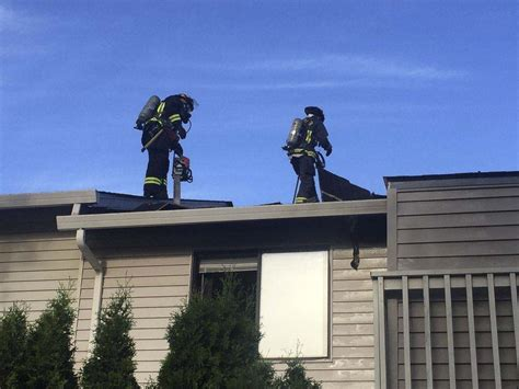Fast action by Vancouver firefighters contain fire to one ...