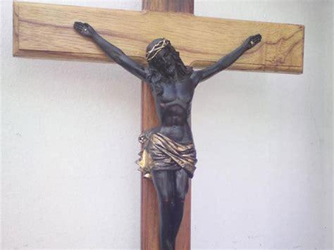 crazy pictures black jesus statue images