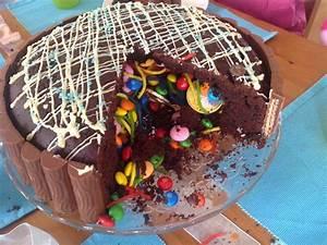 Meine bunte Seite: Pinata Schoko Kuchen