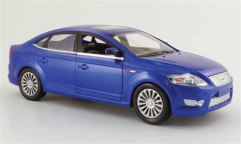 Ford Mondeo Blue 2006 Powco Diecast Model Car 1/18