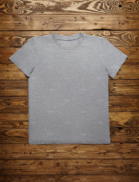Online shopping has made a big market, people all around the world simply love buying stuff online, they trust on some particular websites that offer quick delivery, good quality products and flexible services. Blank grey t-shirt mockup set ~ Technology Photos ...