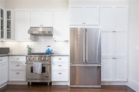 cuisine blanche et inox ophrey com cuisine blanche bois inox prélèvement d
