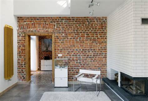 15 Ideen Fuer Rustikalen Ziegel Und Holzbodendark Brick Flooring Modern by C 243 Mo Cortar Tus Paredes De Ladrillo 161 Para Colocar Puertas