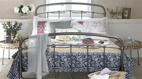 decorating small room ideas small bedroom ideas ideal home