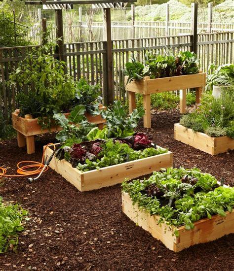 repeindre cuisine bois des bac en bois pour le jardinage
