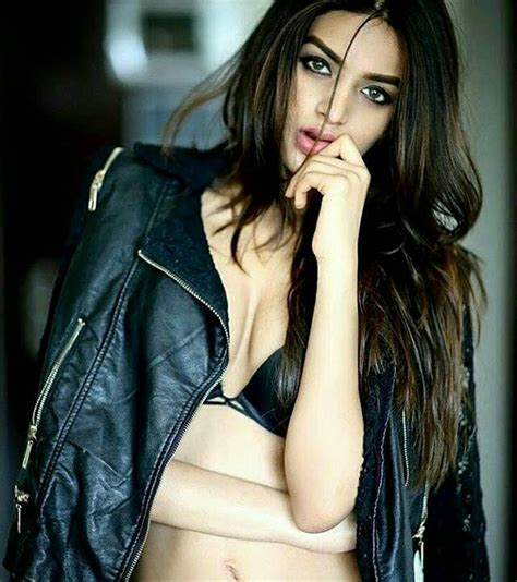 40 Nidhhi Agerwal Hot And Sexy In Bikini Pictures Download