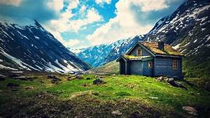 Small Wooden House on Mountain wallpaper