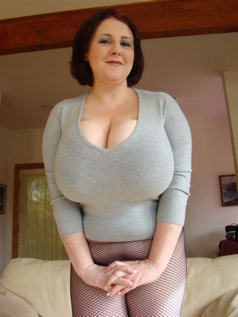 Sapphire Huge Boobs Very Busty Bbw Big Sexy Boobs
