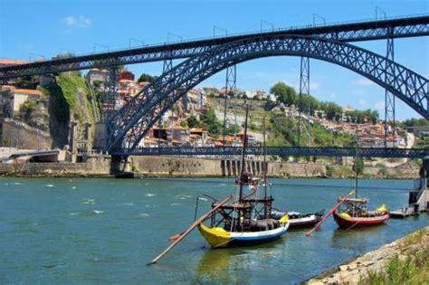 Rabelo Boat Cruise Porto by Cruise Rabelo Boat Porto R 201 Gua Porto Upstream By Boat