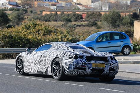 2018 Mclaren 720s (p14) Spied With Black And White