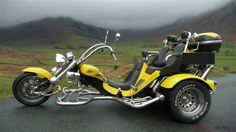 Motor For Sale by Boom Family Low Rider 3 Seater Motor Trike Yellow 1600cc