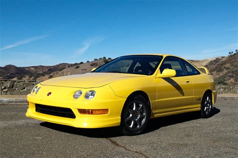 modern review the acura integra type r still amazes automobile magazine