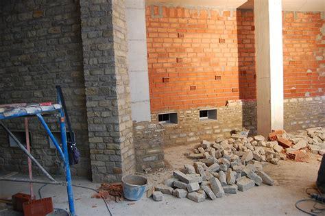Pietre Da Muro Interno by Materiali In Pietra Cuneo Vendita Caminetti In Pietra