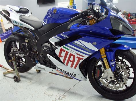 Yamaha R1 Fiat by Fiat Yamaha Yzf R1 Superbike For The 17 000