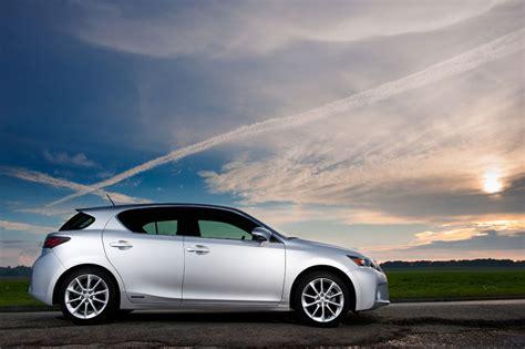 2012 Lexus Ct 200h Hybrid Review, Specs, Pictures, Price & Mpg