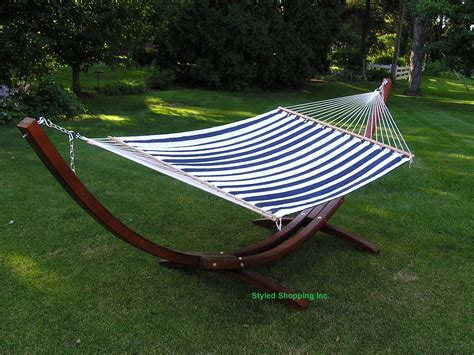 2 person hammock with stand deluxe quilted wood arc two person wood hammock