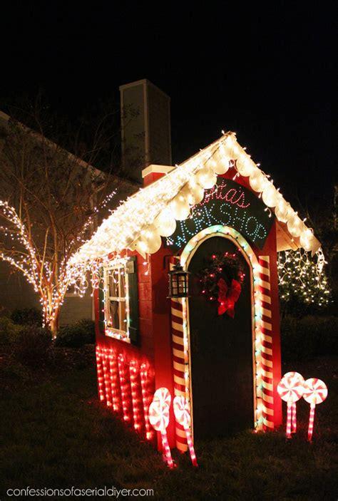 outdoor christmas  easiest diy holiday wreath