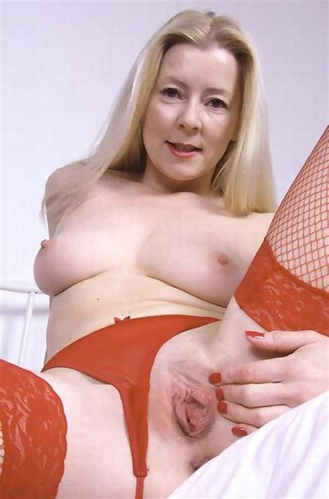 Mature thumbnails - Over 40, Free mature naked women